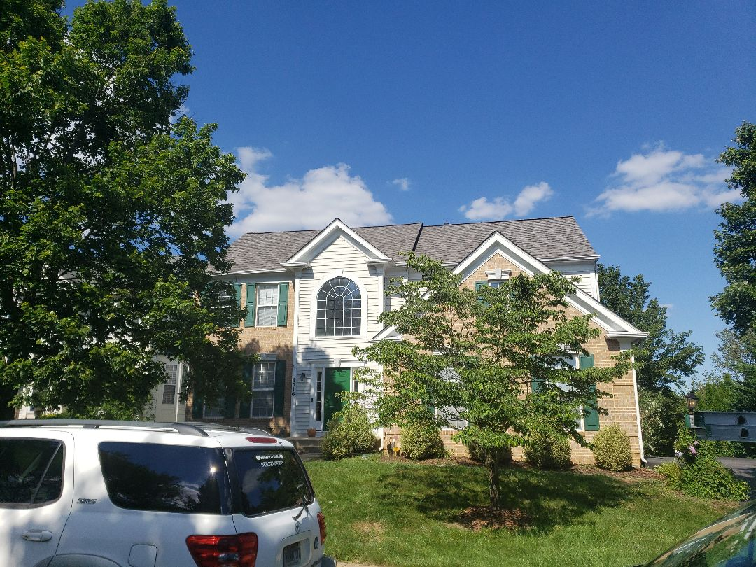 Clarksville, MD - 5 star certified roof replacement system by certainteed in Weathered Wood