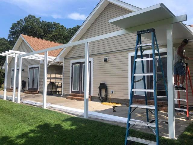Navarre, FL - Built a Local Business Website for a Seamless Gutter Company.  Need a local business website, call Yolee Solutions Today.