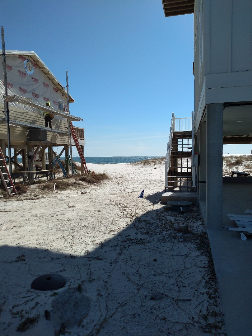 Gulf Shores, AL - Quarterly pest control service on another stand alone condo on the beach. No signs of present pests. Always ahead if you do preventatives!