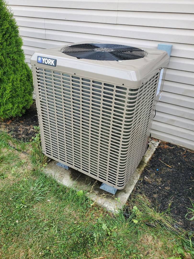 Chambersburg, PA - 3 ton heat pump installed for a family in chambersburg