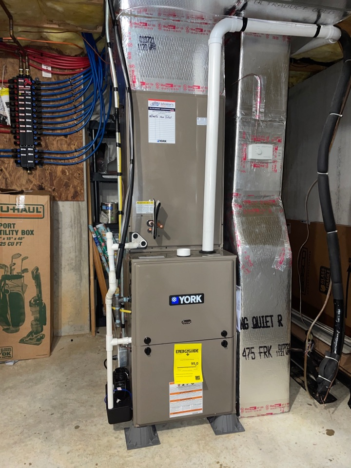 80,000 btu natural gas furnace with a 4 ton straight A/C coil for a customer in Chambersburg PA