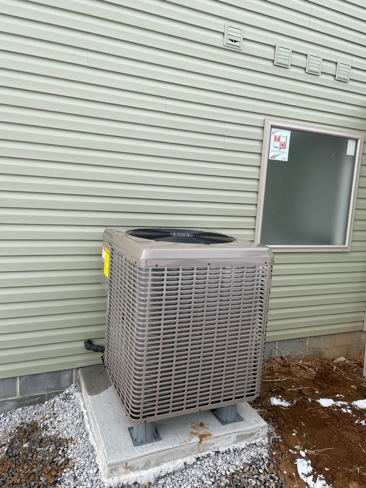 4 ton heat pump installed for a new construction home in Greenvillage PA