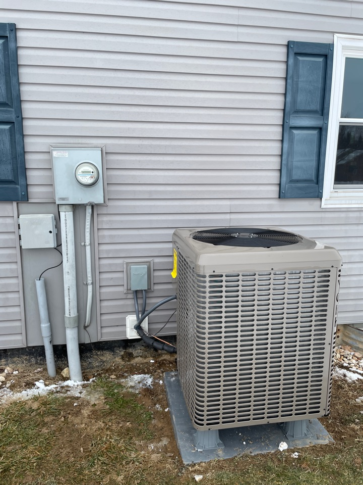 2.5 ton heat pump installed for a customer in Chambersburg PA