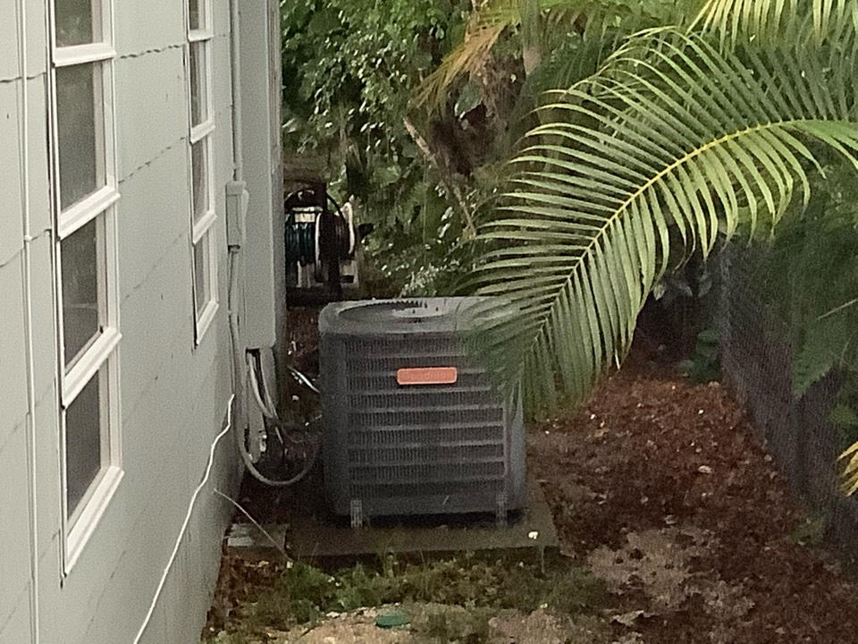 Oakland Park, FL - AC Service Call unit not cooling. Evaluate system to find unit is low on refrigerant. Charge unit to factory specifications and unit is cooling at this time.