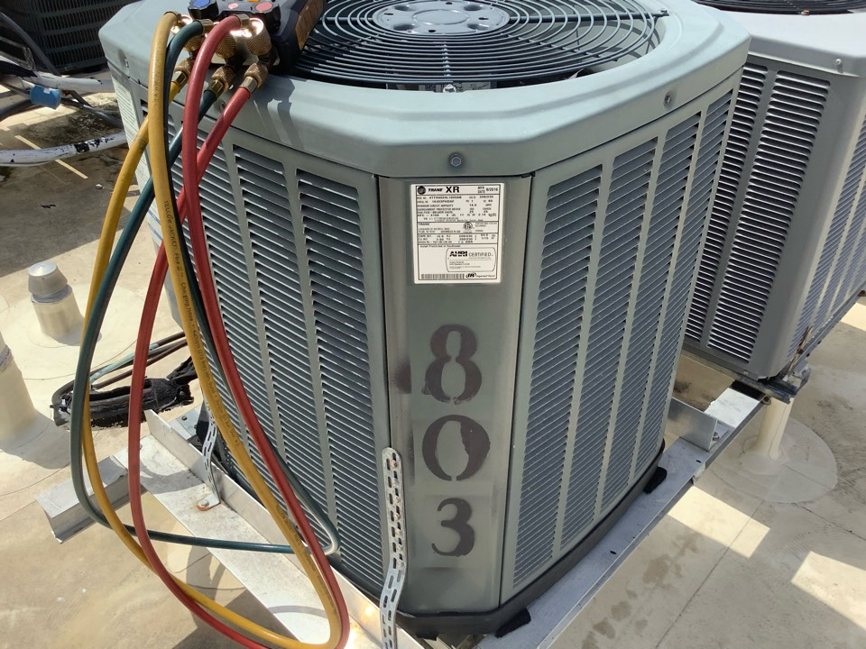 Pompano Beach, FL - Estimate to replace air conditioning system. New unit will be installed Friday.