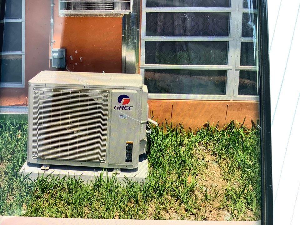 Pompano Beach, FL - AC Service Call. Prepare unit for city inspection.