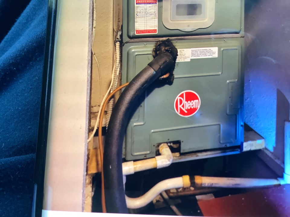 Pompano Beach, FL - AC Service Call unit not cooling. Evaluate system to find unit is low on refrigerant. Charge unit to factory specifications and unit is cooling at this time. Perform drain cleaning as well.