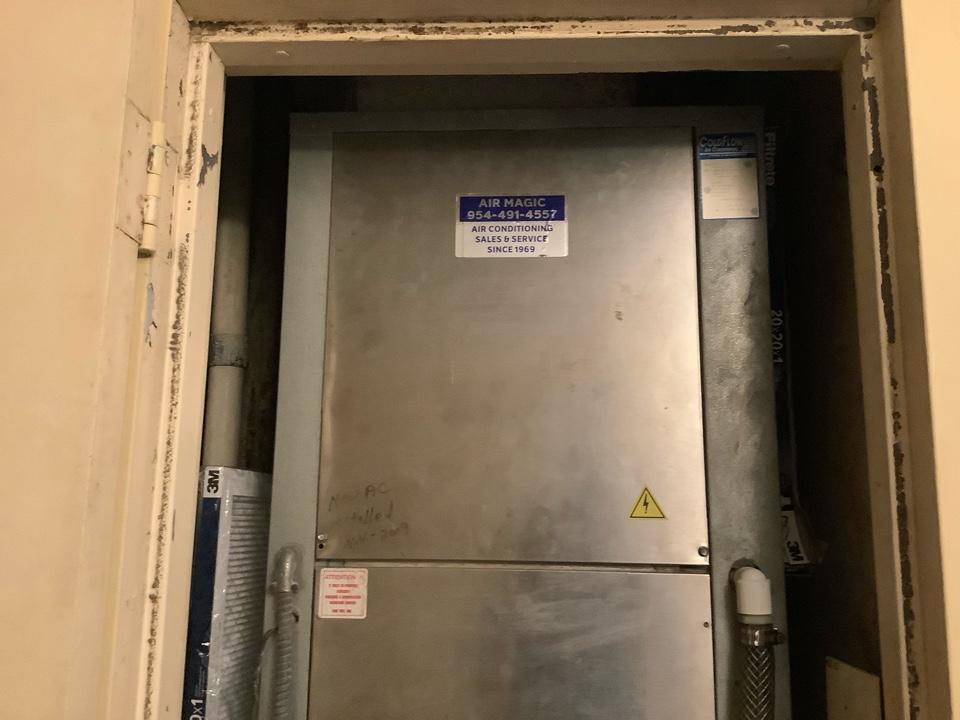 Pompano Beach, FL - AC Maintenance Call. Perform routine maintenance per maintenance agreement on Coldflow air conditioning system.