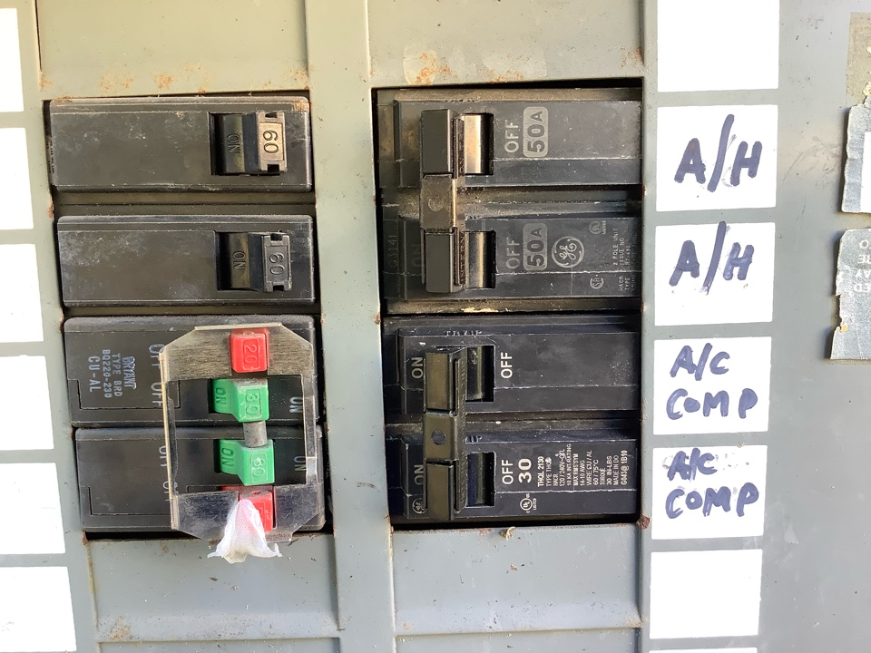 Oakland Park, FL - Install new breaker for air conditioning inspection.