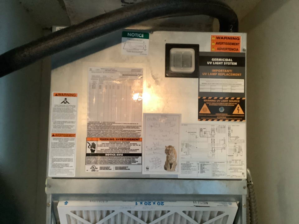 Lauderdale-by-the-Sea, FL - AC Service Call unit is not cooling. Evaluate system to find defective thermostat. Replace thermostat and unit is now cooling.