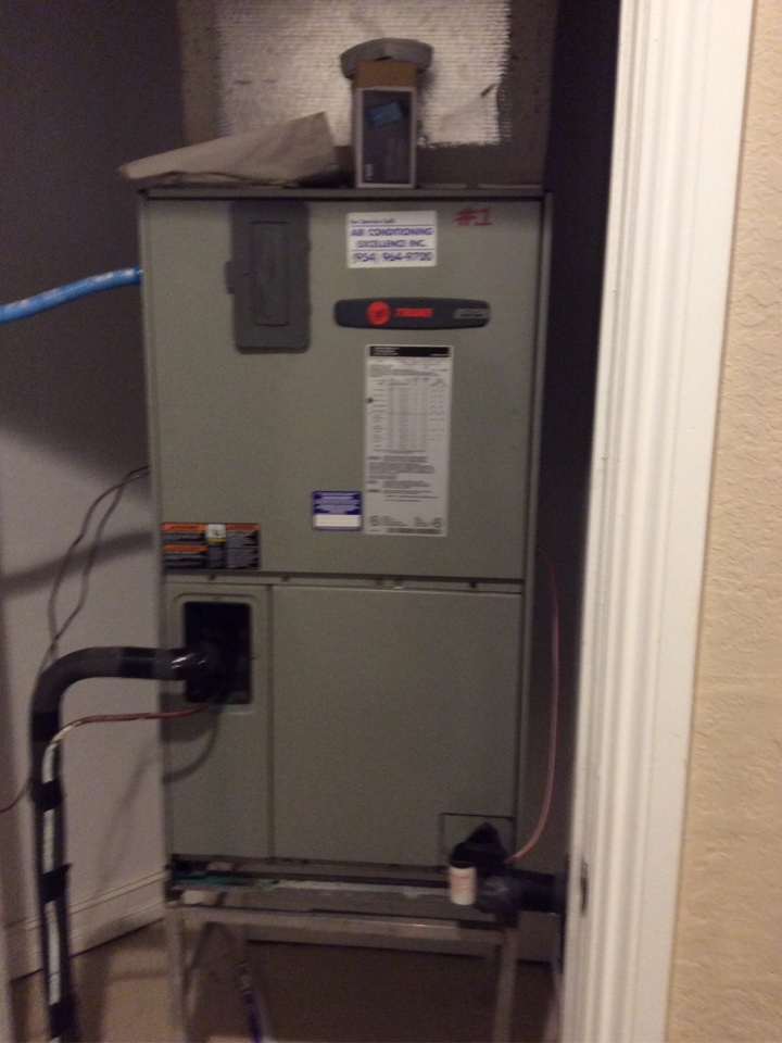 Coral Springs, FL - AC Service Call unit not cooling. Evaluate system to find unit is low on refrigerant. Charge unit to factory specifications and unit is cooling at this time.