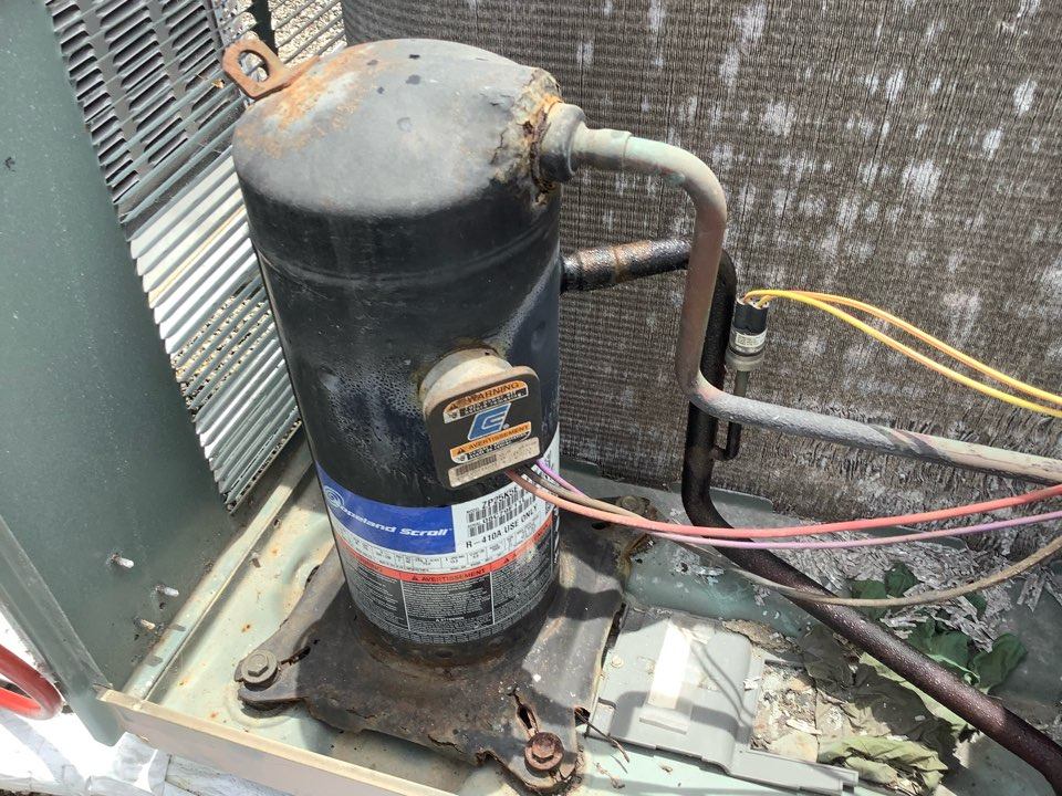 Fort Lauderdale, FL - AC Service Call unit not cooling. Evaluate system to find unit is low on refrigerant. Evaporator coil has a leak, part has been ordered to replace.