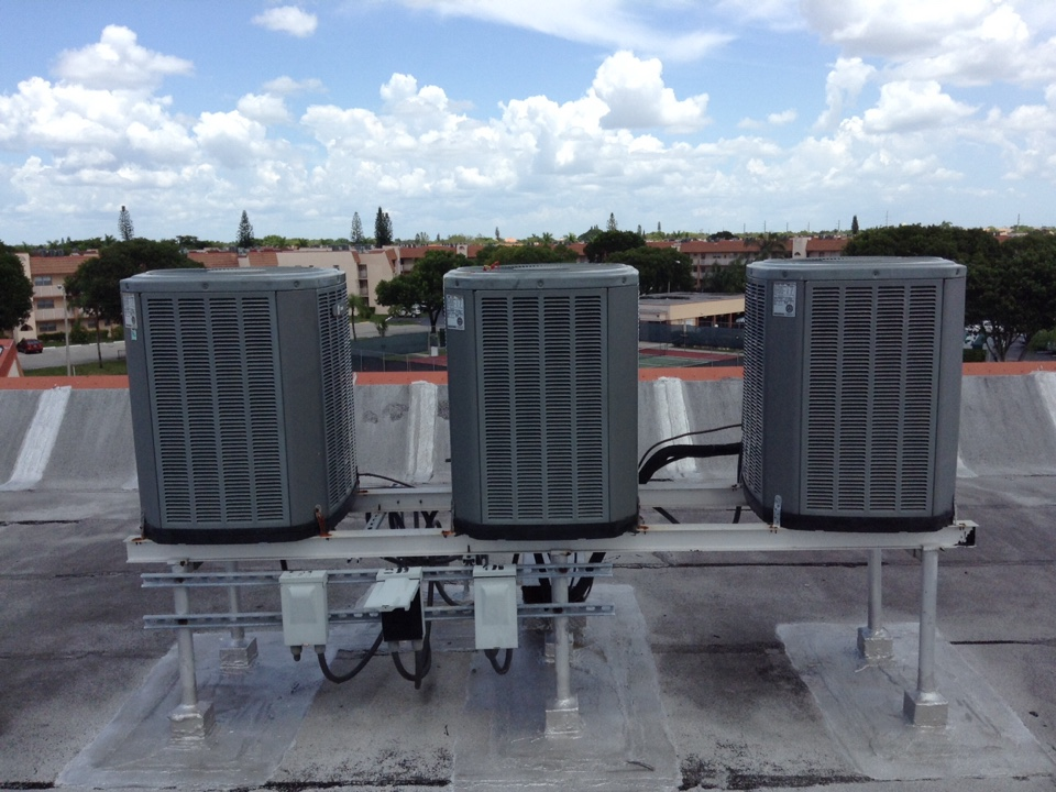 Sunrise, FL - Service Call unit not cooling. Evaluate system to find defective capacitor, contactor, and condenser fan motor. Replace all parts and unit is now cooling.