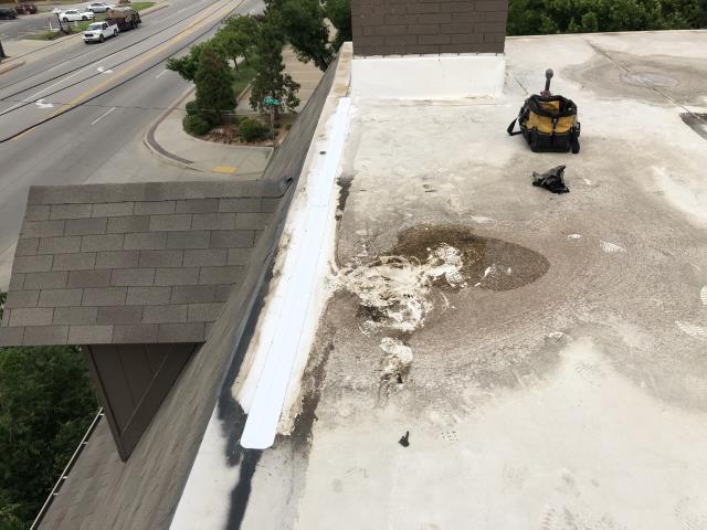 Tulsa, OK - Commercial roof repair
