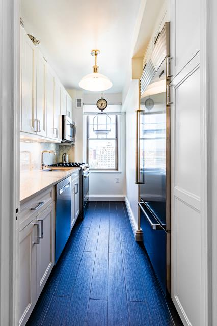 New York, NY - Greenwich Village kitchen upgrade. Design for beauty and function. With Knockout Renovation