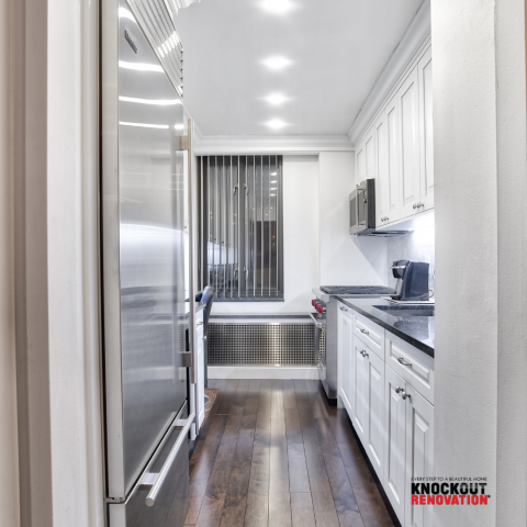 """New York, NY - Another """"Knockout"""" Kitchen Renovation We Are All-In-One Design and Firm in NYC for over 28 years. . . . . #kitchendesign #kitchen #kitchengoals #kitchenremodel #kitchenstyle #kitcheninspiration #kitchenideas #kitchenmakeover #homedecor #interior #interiordesign #homedesign #architecture #interiors #designer #kitchen"""