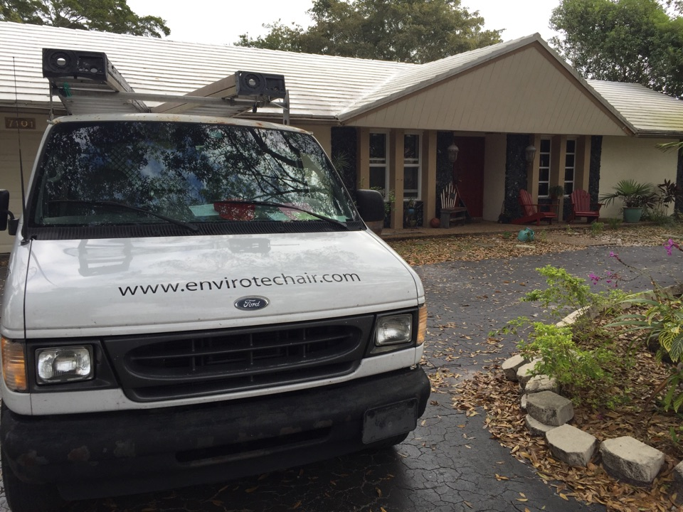 Plantation, FL - Duct cleaning. Repair insulation. And clean coil and blower at plantation