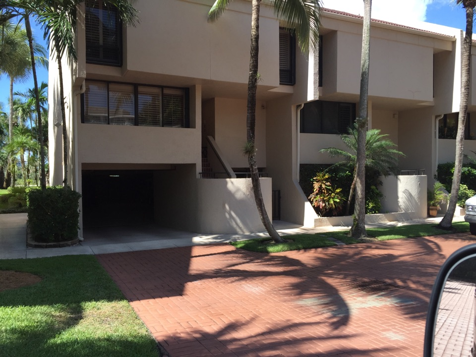 Palm Beach, FL - Installing UV lights and safety switches and providing the cleaning inspection and estimate.