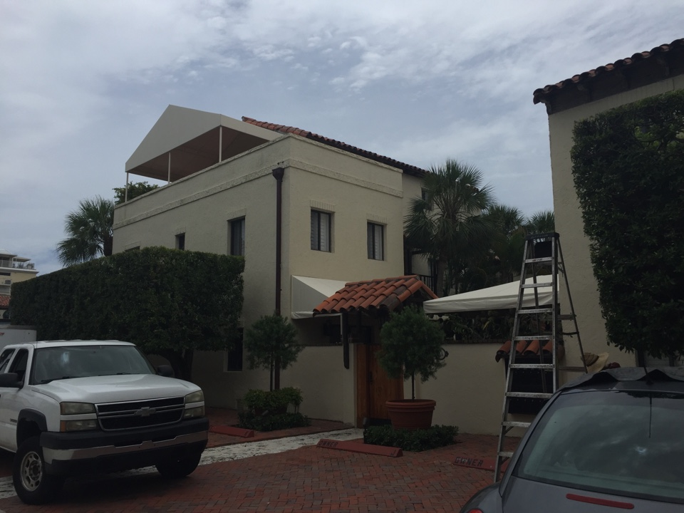 Palm Beach, FL - Mold remediation estimate at residence in Palm Beach