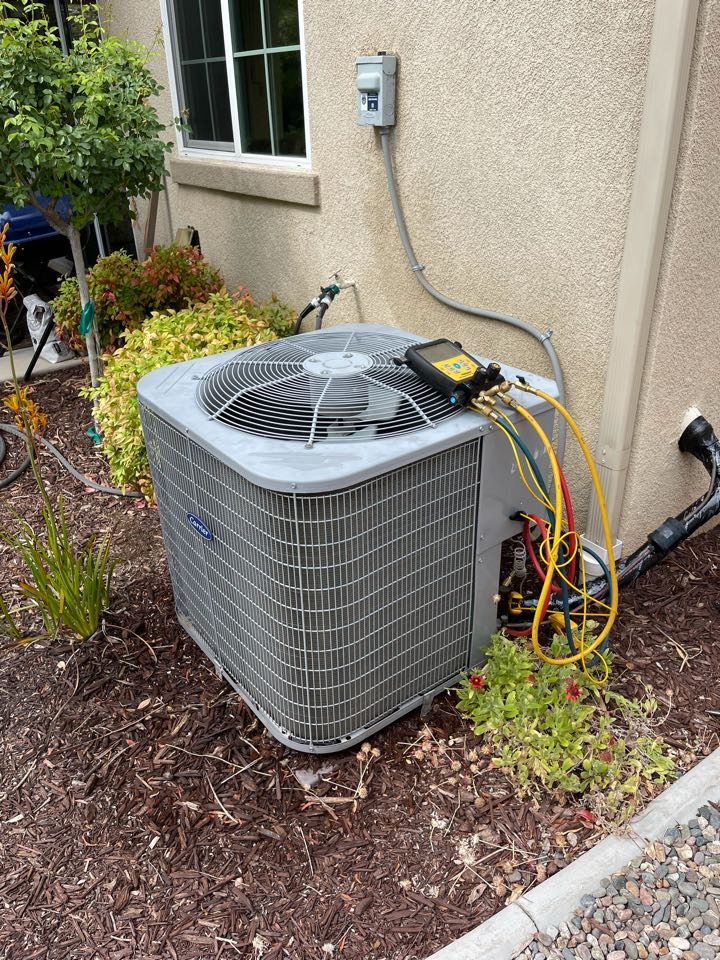 Temecula, CA - A/C clean and tune for another happy customer!