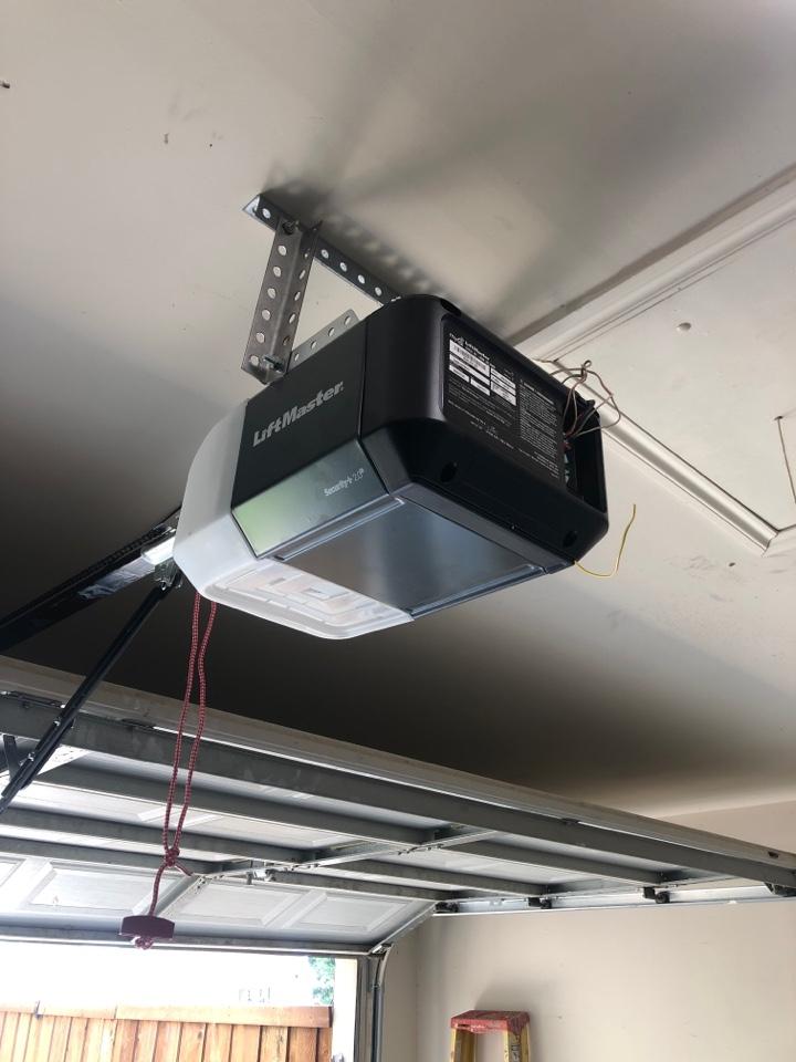 Lewisville, TX - Installed new Lift Master 8160 opener in Lewisville.