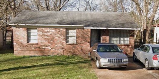 Memphis, TN - We recently purchased this 2 properties as a bundle! The seller just really need to let go of her rental properties and we agreed on a bundle purchase price! We took care of it even though they are tenant occupied and needs rehab.
