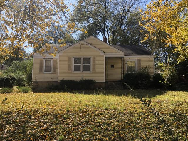 """Memphis, TN - Sell you home fast with us! We buy properties in """"As is"""" condition and we pay CASH! No need to worry about paying Real Estate commission and closing cost, we'll take care all that for you! No Hassle!"""