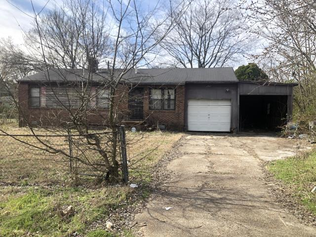 We buy houses in Memphis and the cities around it! We pay guaranteed CASH and in AS IS condition! No closing fees and No Real Estate commissions to pay!