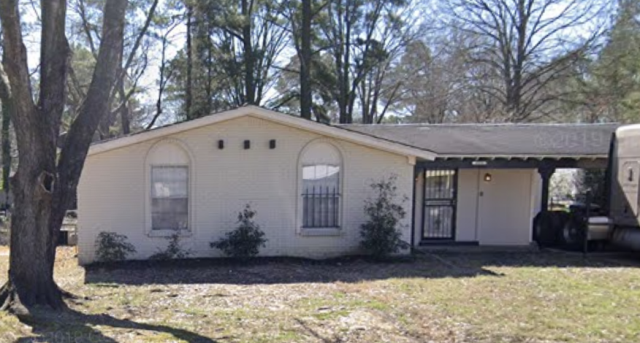 What a lovely home! We are out and about to check properties to buy for Cash day after day! WeBuyHouses.com Memphis is a team of well experienced Agents that can offer Cash for your property. We Buy the houses as-is and we pay for all the closing costs too!