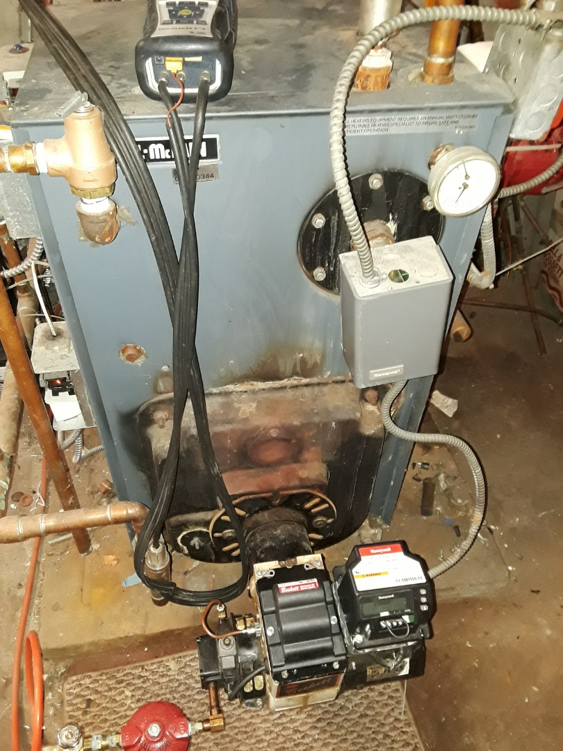 Southborough, MA - Efficiency test on a Weil McLain oil boiler