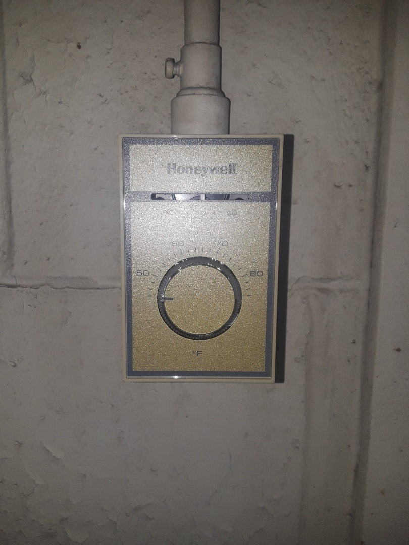 Fitchburg, MA - Line Voltage Honeywell thermostat replacement