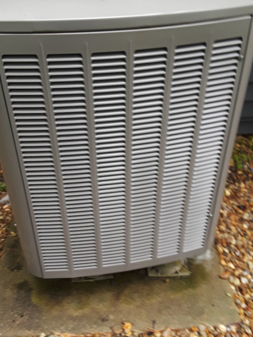 Boxborough, MA - Clean and check Lennox AC unit