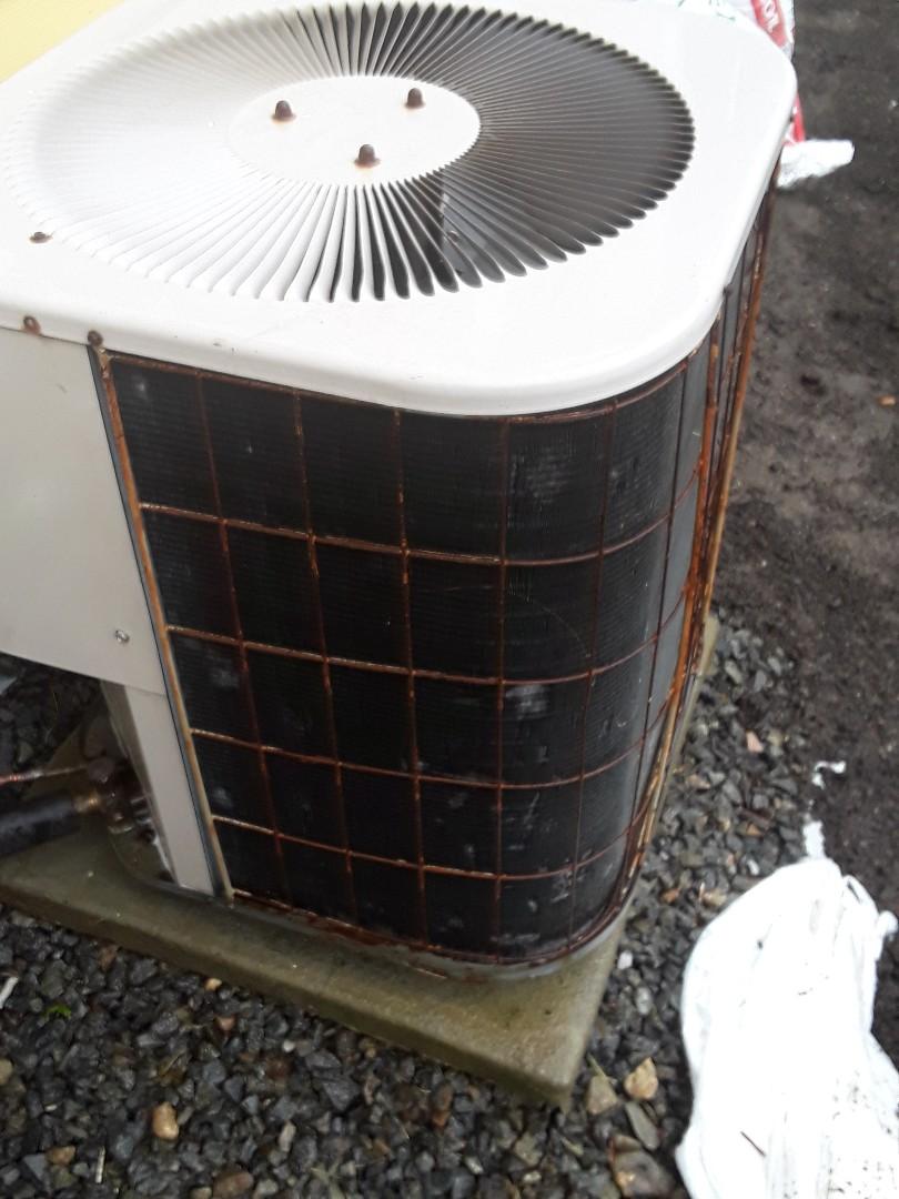 Shrewsbury, MA - Clean and check Lennox AC unit