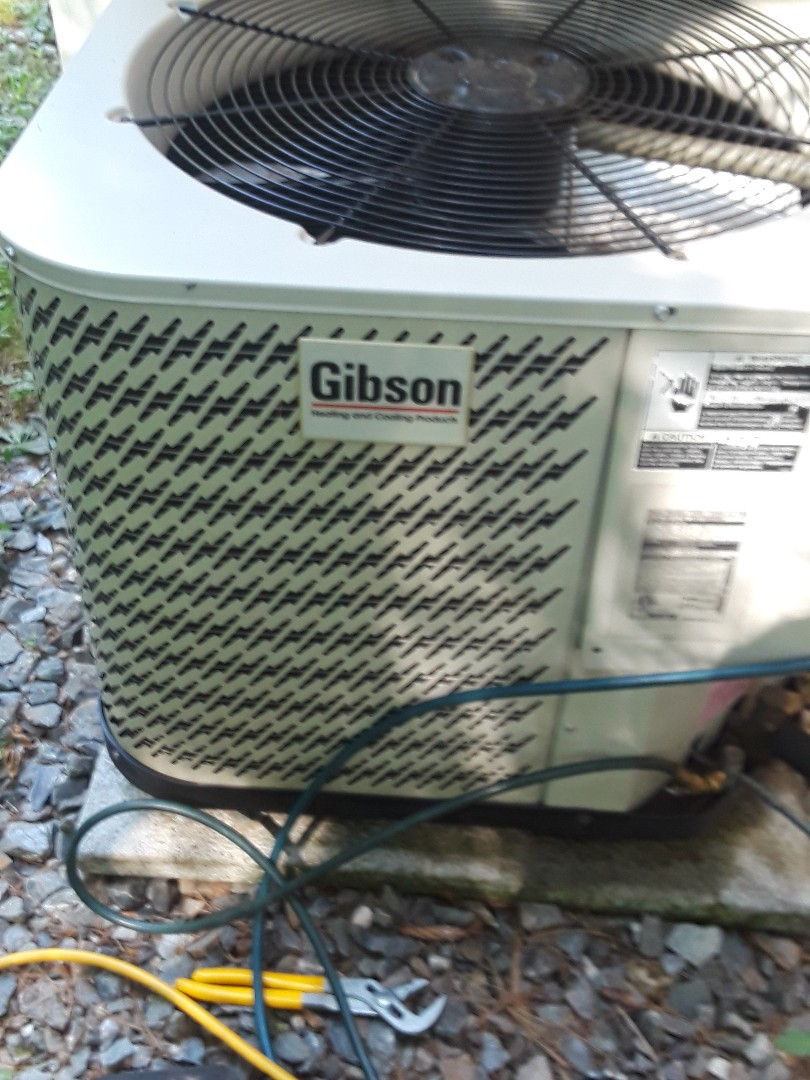 Harvard, MA - Repair on a Gidson AC unit