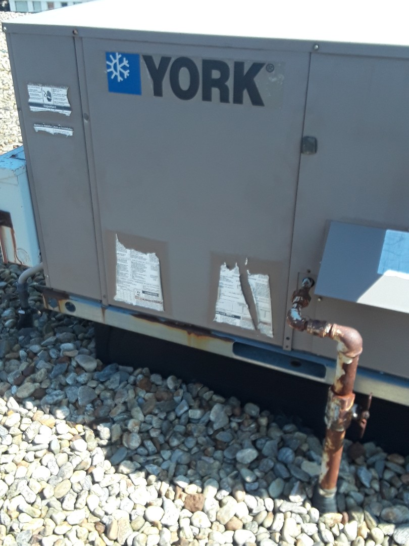 Leominster, MA - Clean and check York rooftop units
