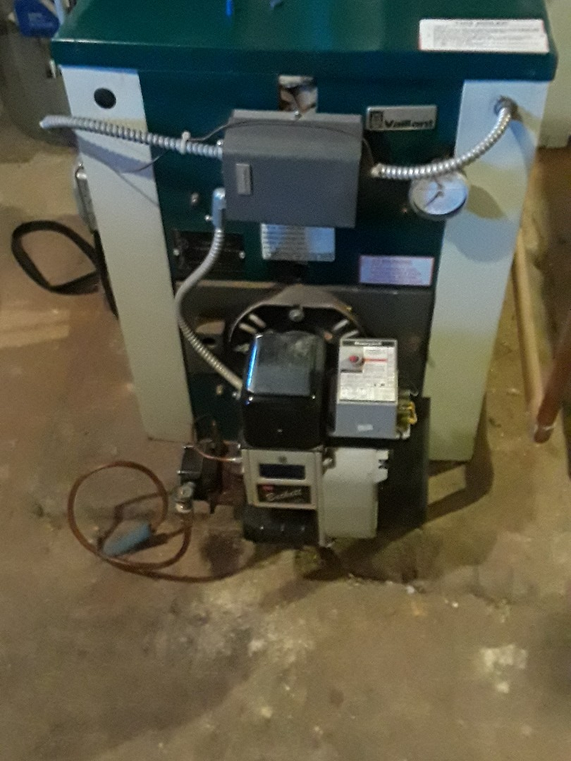 Leominster, MA - Clean and checl Vaillant oil heating unit