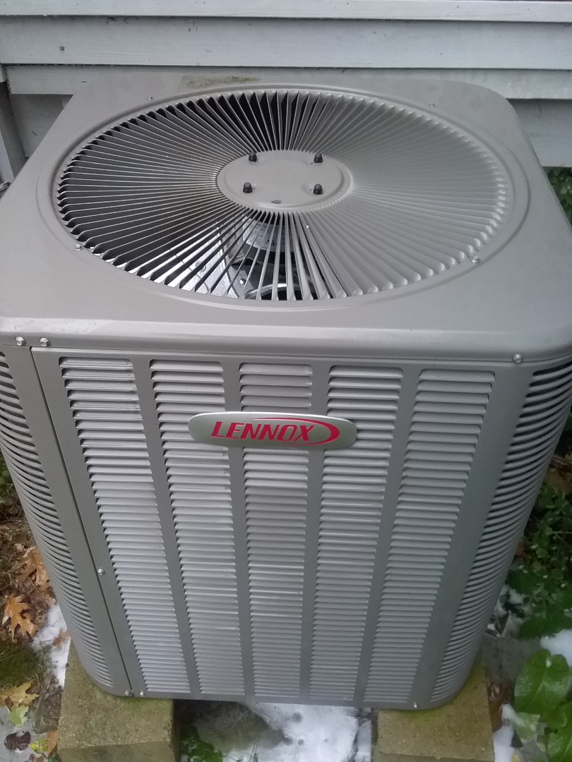 Northborough, MA - Service on a Lennox heat pump