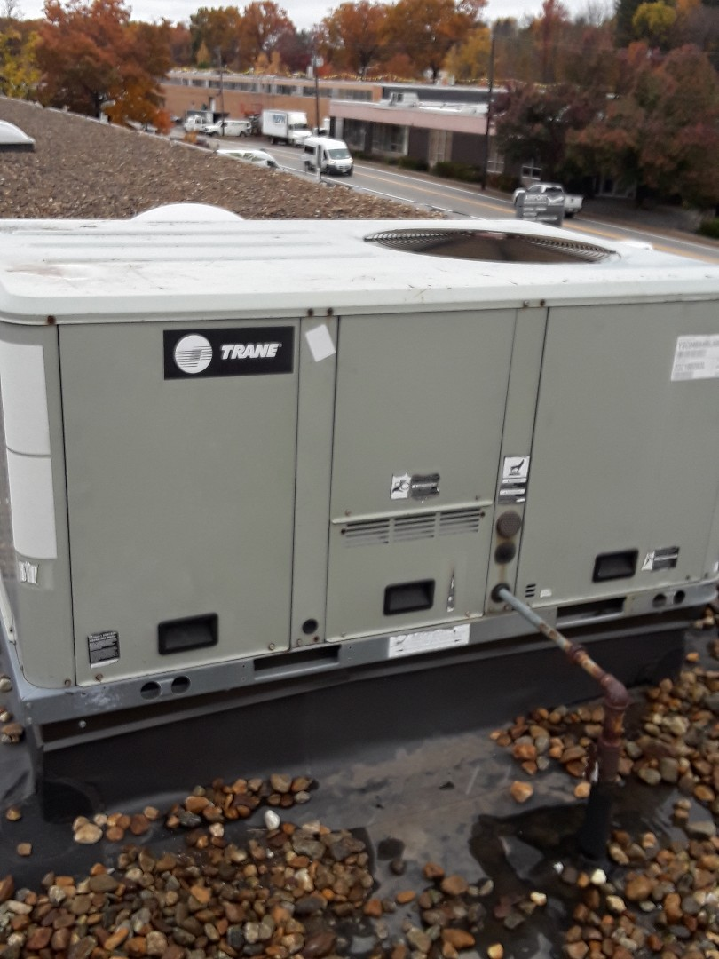Leominster, MA - Clean check Trane rooftop unit