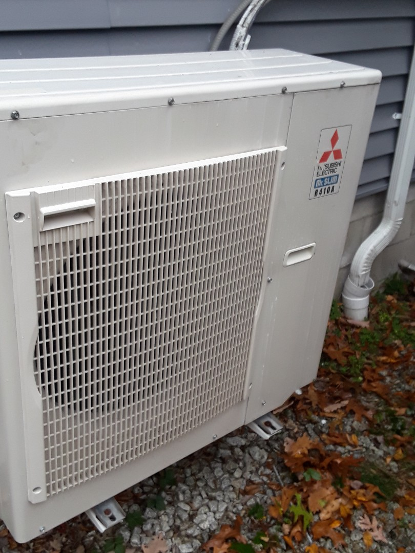 Douglas, MA - Repair on a Mitsubishi mini split system