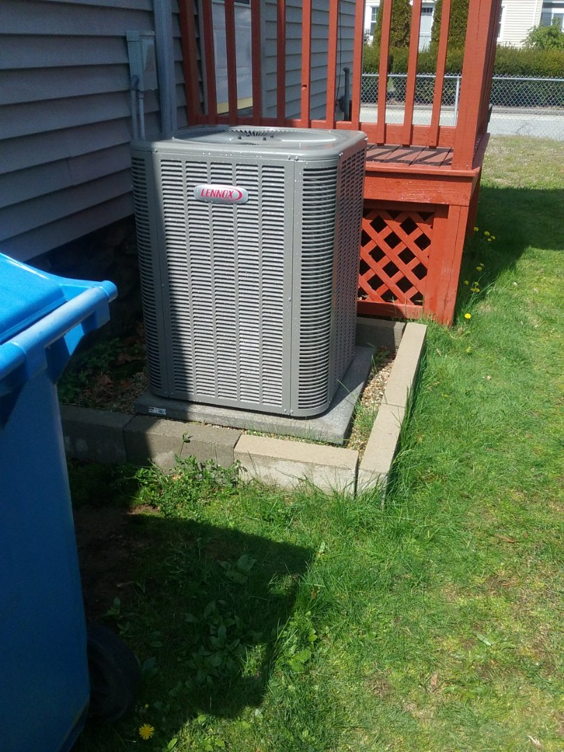 Southbridge, MA - Service on a lennox ac system