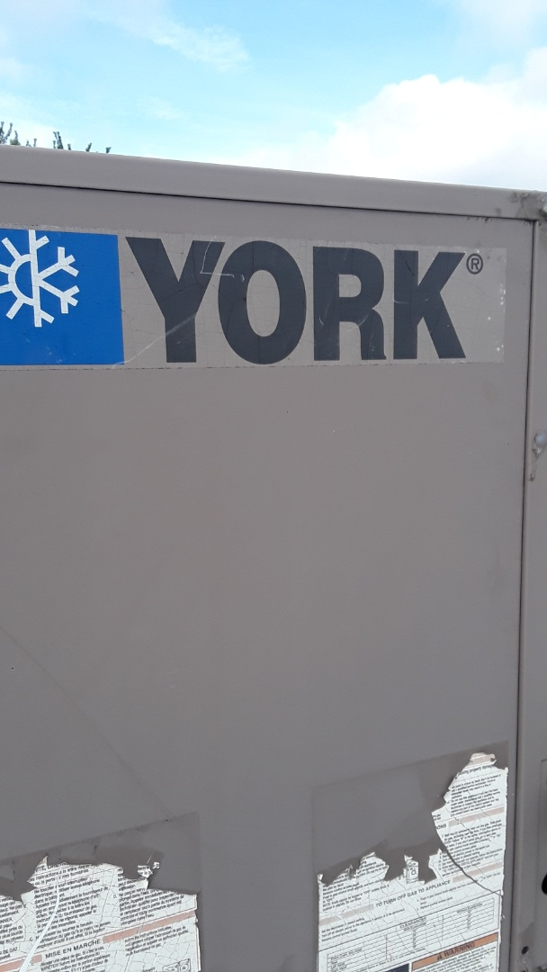 Leominster, MA - AC repair on a York rooftop unit