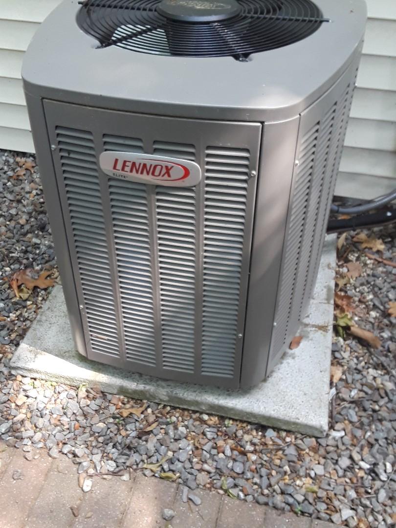 Boxborough, MA - Repair on a Lennox AC unit