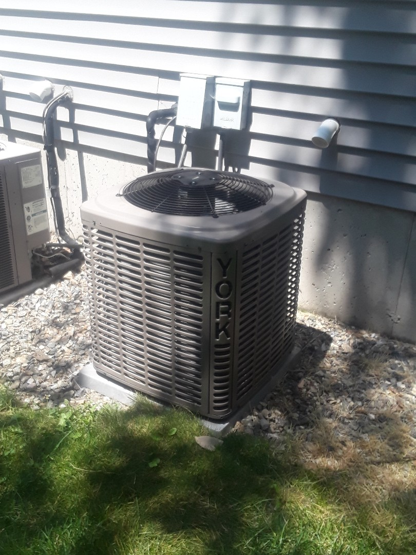 Worcester, MA - Repair on a York AC unit