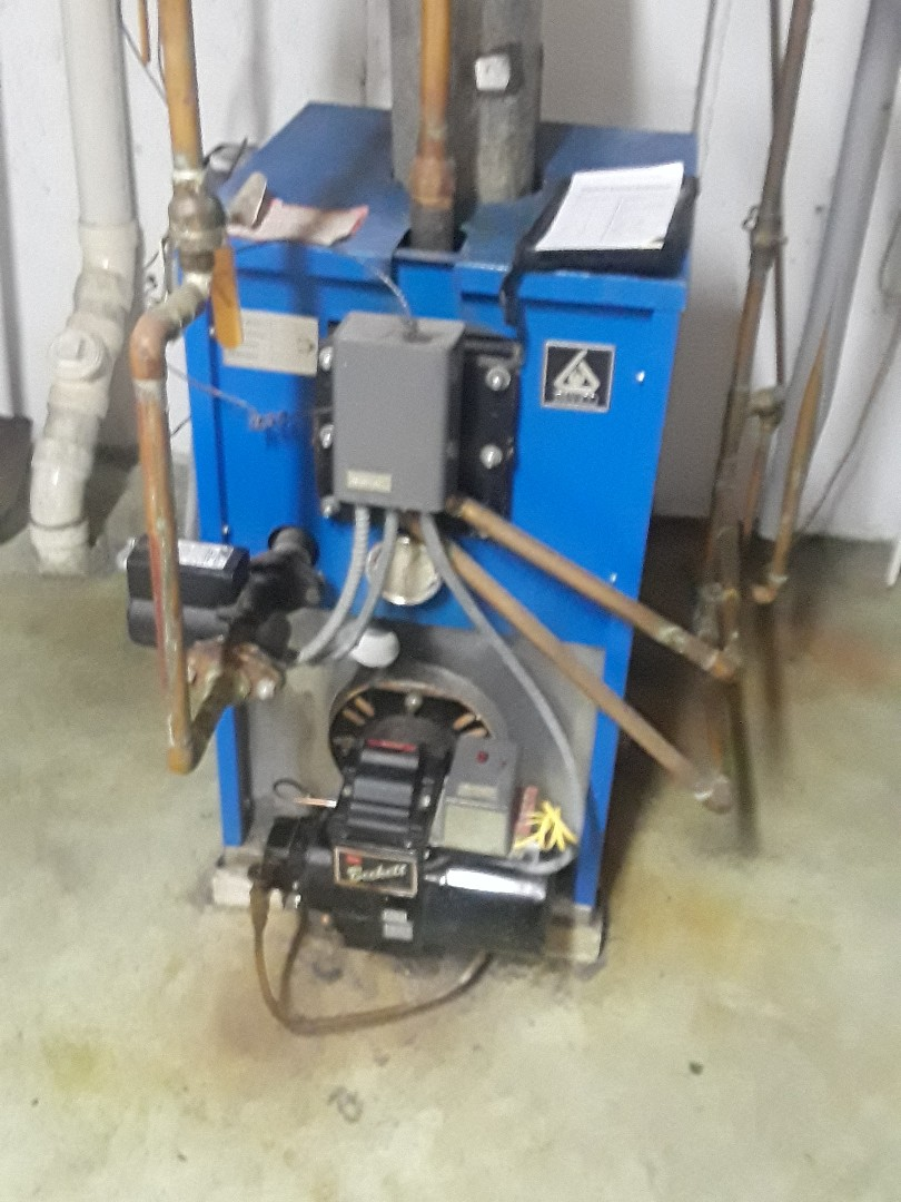 Leominster, MA - Clean and check Triangle Tube oil boiler