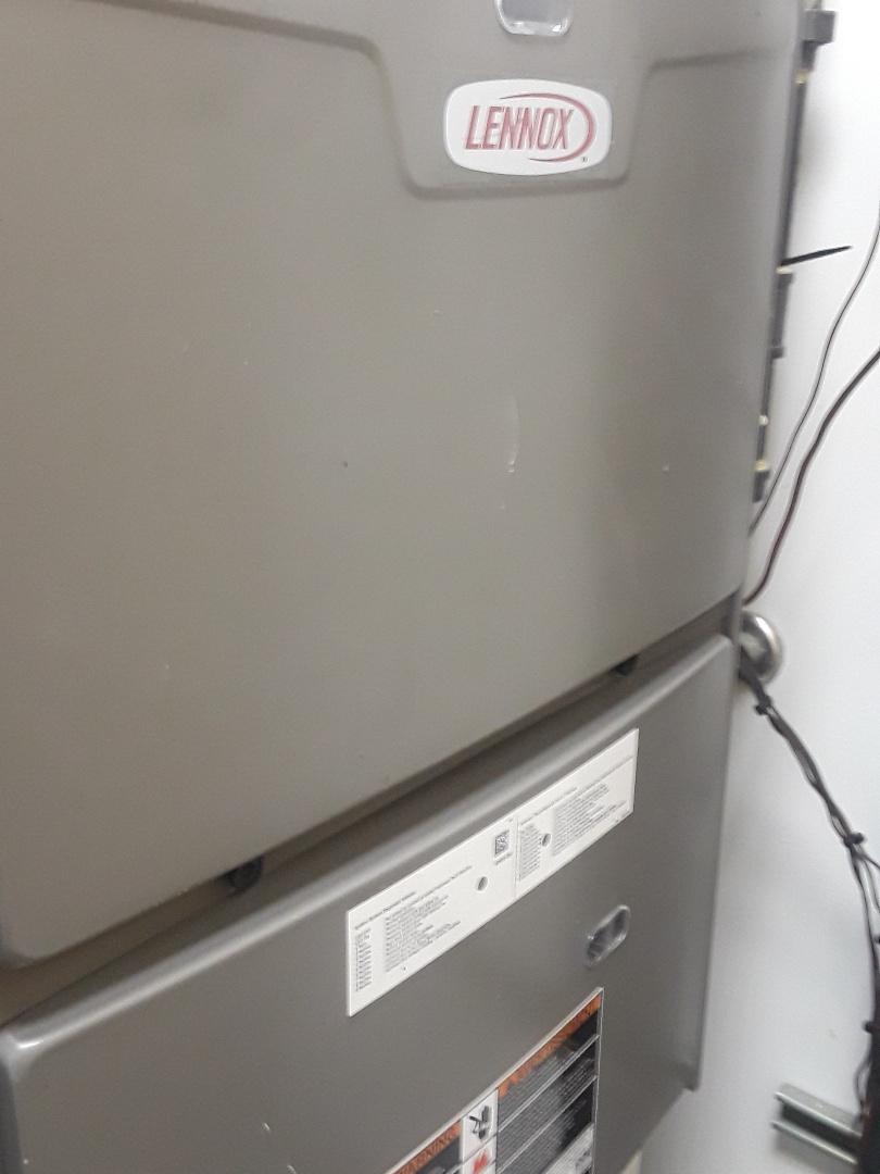 Leominster, MA - Repair on a Lennox AC unit