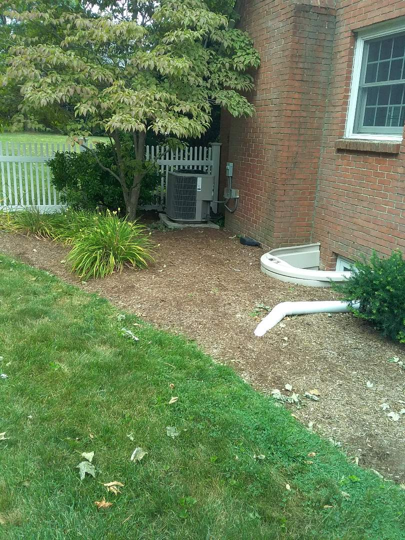 Shrewsbury, MA - Condenser is not level, fixed the pad so the condenser is now level