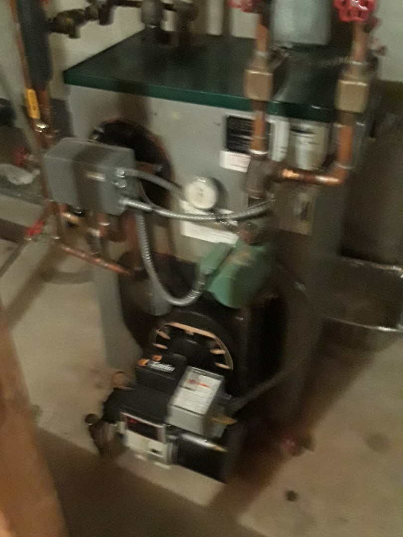 Leominster, MA - Repair on a Peerless oil force hot water system