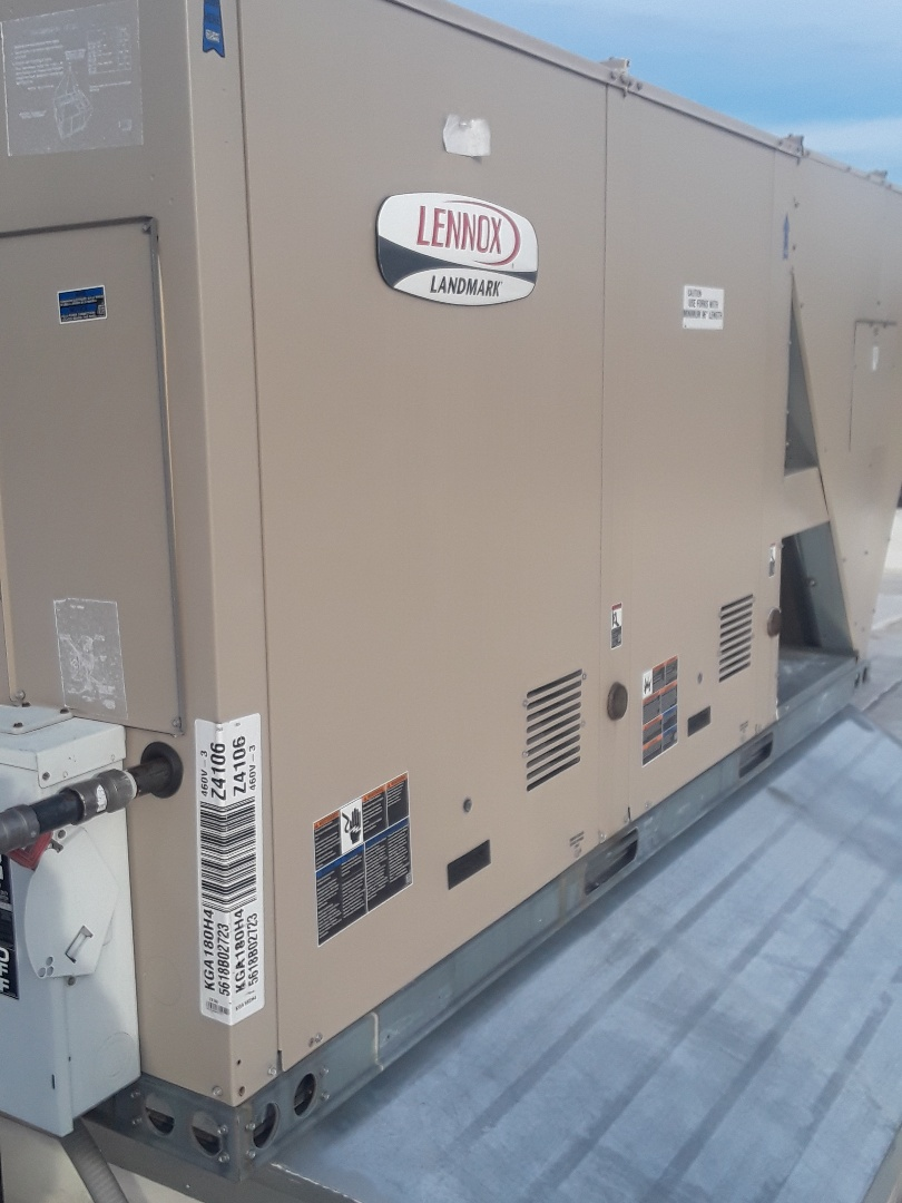 Fitchburg, MA - Repair on a Lennox rooftop unit