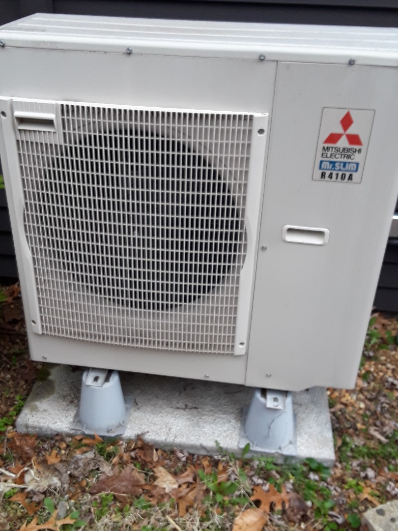 Webster, MA - Repair on a Mitsubishi mini split system
