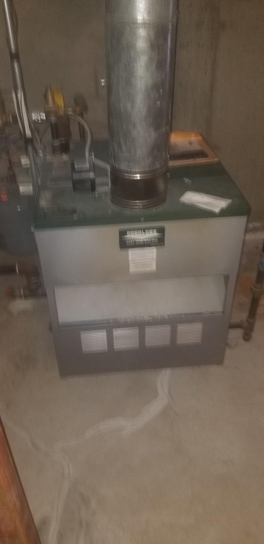 Charlton, MA - Service on a peerless propane boiler